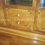 Dettaglio Cassetti Credenza Reale a Cristalli in Stile Liberty in Radica di Mirto