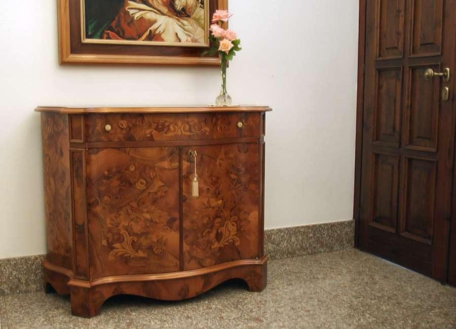 Credenza Con Ribaltina : Credenza imperiale con intarsi floreali su radica di noce stile olandese