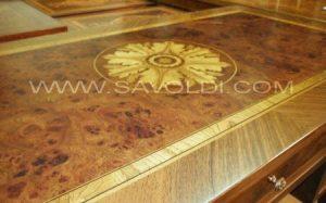 Dettaglio rosone superiore Scrivania Gran Principe in Stile Maggiolini