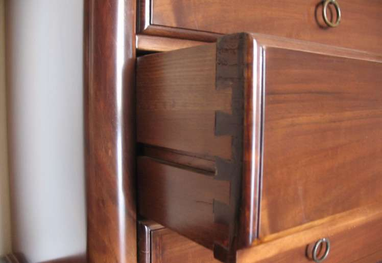 Cassettiera Settimanale in Stile 800 a sette cassetti